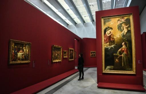 """Le musée du Louvre-Lens accueille la plus grande exposition consacrée aux frères Le Nain et """"leurs mystères"""", le 21 mars 2017 à Lens © DENIS CHARLET AFP"""