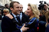 Gaël  Tchakaloff, ici avec Emmanuel Macron le 17 mars, publie