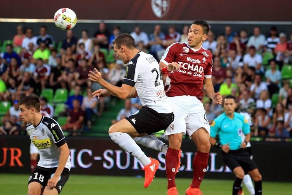 Mevlut Erding, l'attaquant du FC Metz est resté muet face à Angers le 27 août dernier.  ©   Maxppp - Pascal Brocard