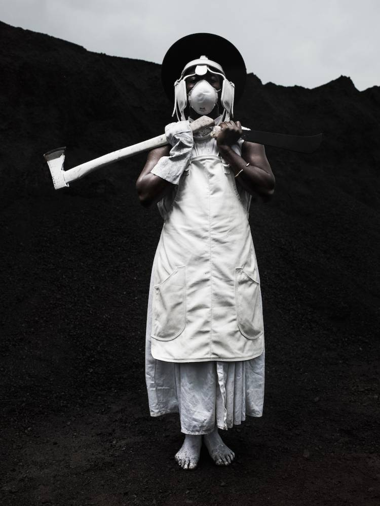 Mohau Modisakeng, Endabeni 8, 2015 WHATIFTHEWORLD. ©  Courtesy of Tyburn Gallery