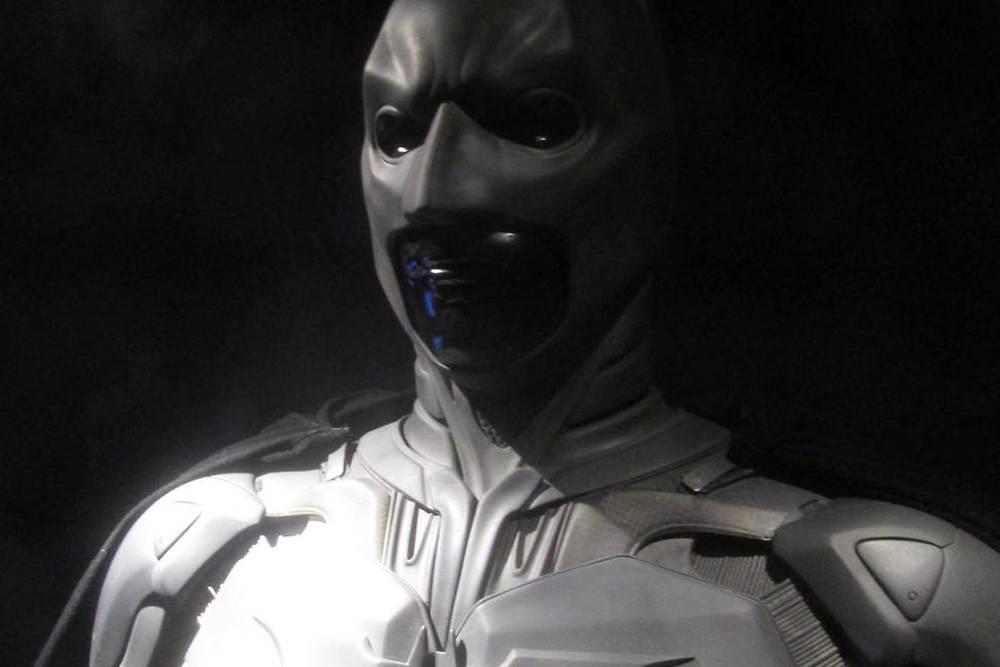 Costume porté par Christian Bale dans The Dark Knight (2008).