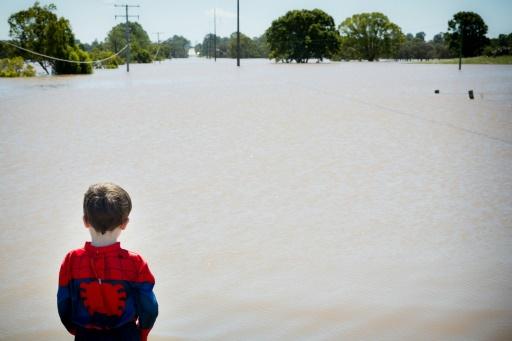 Une rue inondée de Waterford West, dans l'est de l'Australie, le 1er avril 2017 © Patrick HAMILTON AFP