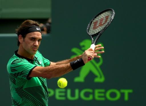 Roger Federer lors de sa victoire finale face à Rafael Nadal au Masters 1000 de Miami, le 2 avril 2017 à Key Biscayne © Rob Foldy Getty/AFP