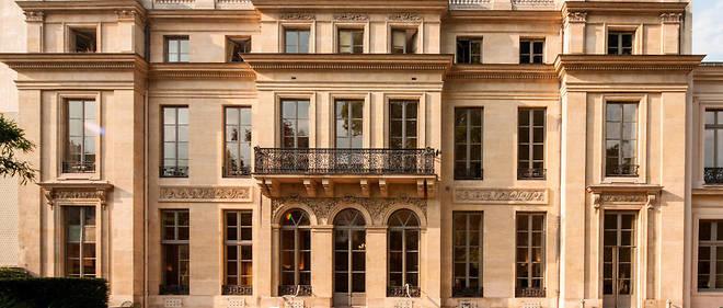 Le ministère de l'Éducation nationale lance du 5 au 12 avril 2017 sur les réseaux sociaux un jeu-concours farfelu. L'Hôtel de Rochechouart, où siège le ministère.