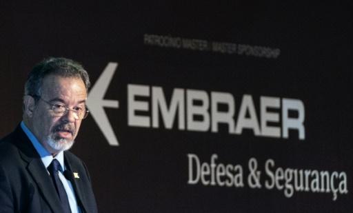 Le ministre de la Défense, Raul Jungmann, lors de la cérominie d'ouverture du salon de la Défense à Rio de Janeiron le 4 avril 2017 © YASUYOSHI CHIBA AFP