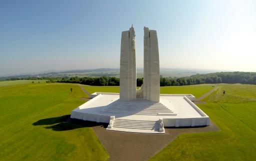 Vue aérienne du mémorial canadien prise le 8 juillet 2013 à Vimy (nord de la France), où 3.598 soldats canadiens sont morts dans la bataille de 1917 © DENIS CHARLET AFP/Archives