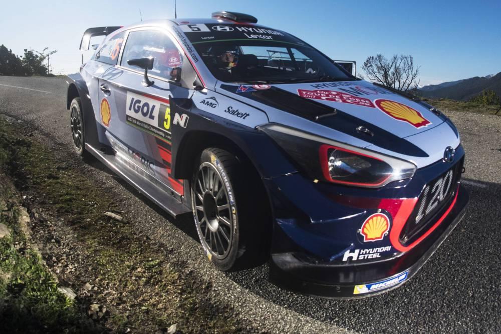 Thierry Neuville décroche enfin une victoire absolue pour le compte de Hyundai ©  DR