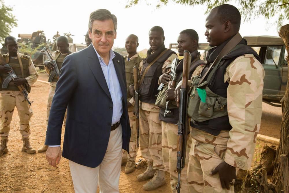 Au Mali et au Niger, Fillon à la rencontre des militaires les 17, 18 et 19 décembre dernier.  ©  Kasia Wandycz