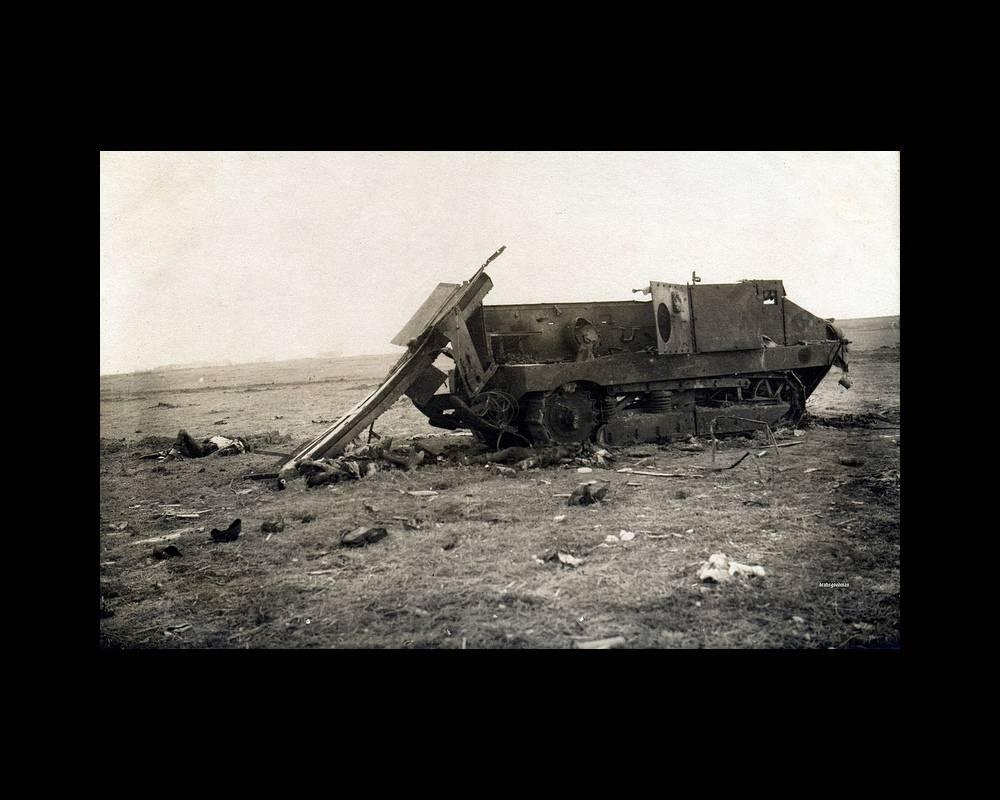 Char Schneider engagés le 16 avril 1917 ©  no crédit