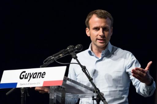 """Emmanuel Macron, candidat du mouvement """"En Marche!"""" à la présidentielle, lors d'un meeting à Remire-Montjoly, le 20 décembre 2016 en Guyane © Jody AMIET AFP/Archives"""