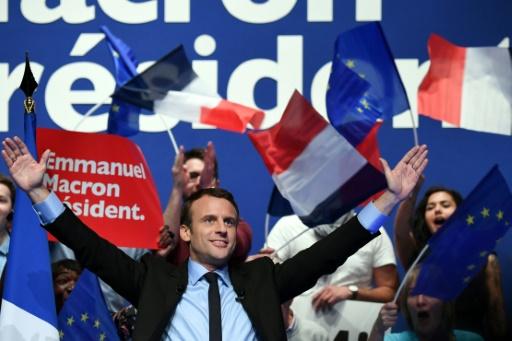 """Emmanuel Macron, candidat d'""""En marche"""" à la présidentielle, lors d'un meeting à Pau, le 12 avril 2017 © Eric FEFERBERG AFP/Archives"""