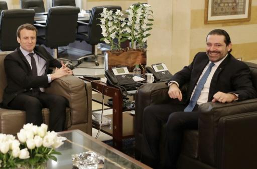 Emmanuel Macron lors d'une rencontre avec le Premier ministre libanais Saad Hariri (d), à Beyrouth, le 24 janvier 2017 © JOSEPH EID AFP/Archives