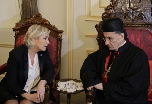 Marine Le Pen discutant avec le cardinal maronite Mar Bechara Boutros al-Rai, à Bkerké, au nord de Beyrouth, le 21 février 2017 © JOSEPH EID AFP/Archives
