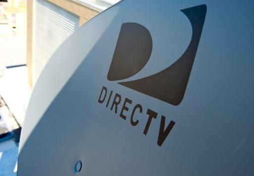 Le logo de DirectTV sur une antenne satellite, le 19 mai 2014 à Washington © KAREN BLEIER AFP/Archives