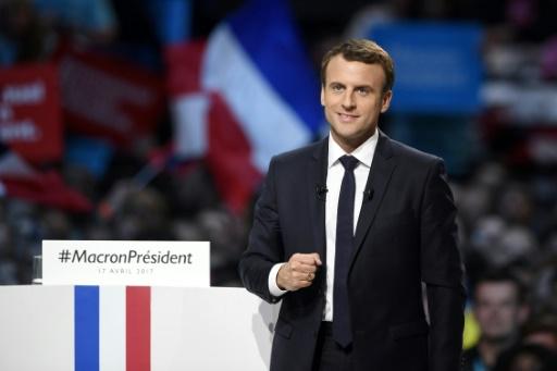 Le candidat du mouvement En Marche ! Emmanuel Macron, lors d'un meeting à Paris, le 17 avril 2017 © Eric FEFERBERG AFP