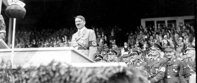Ces archives montrent que Adolf Hitler avait fait l'objet de poursuites secrètes de la part de l'ONU dès 1944.