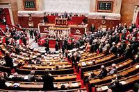 Le Point.fr a retrouvé de nombreux cas dans lesquels députés et sénateurs français ont manifestement fraudé la loi. ©Jacques Demarthon