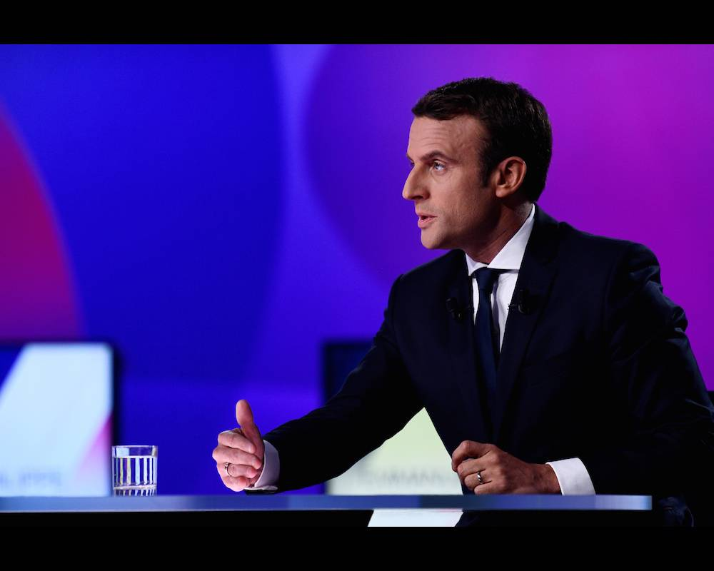 Emmanuel Macron, le candidat du mouvement En marche ! à la présidentielle française du 23 avril, sur le plateau de France 2 le 20 avril 2017. ©  MARTIN BUREAU / POOL / AFP