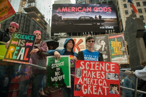 Manifestation pour défendre la science à New York, le 22 avril 2017 © Bryan R. Smith AFP