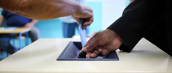 Les bureaux de vote resteront ouvert en métropole entre 8 heures et 19 heures ou 20 heures selon les villes.