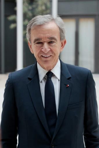 Le patron du groupe de luxe LVMH Bernard Arnault lors de la conférence de presse le 25 avril 2017 à Paris © GEOFFROY VAN DER HASSELT AFP