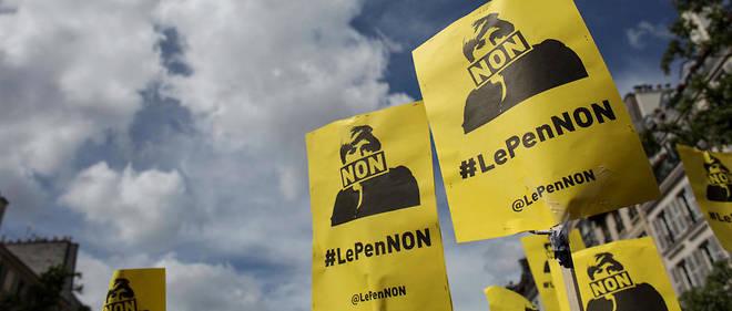 """Manifestation le 1er mai contre Marine Le Pen. """"Le front républicain"""" s'est délité cette année."""