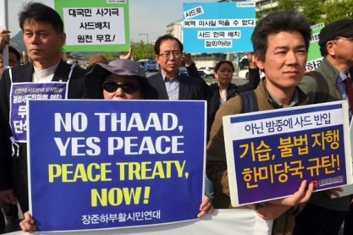 Manifestation contre l'installation du bouclier antimissile Thaad près de l'ambassade américaine, le 28 avril 2017 à Séoul © JUNG Yeon-Je AFP/Archives