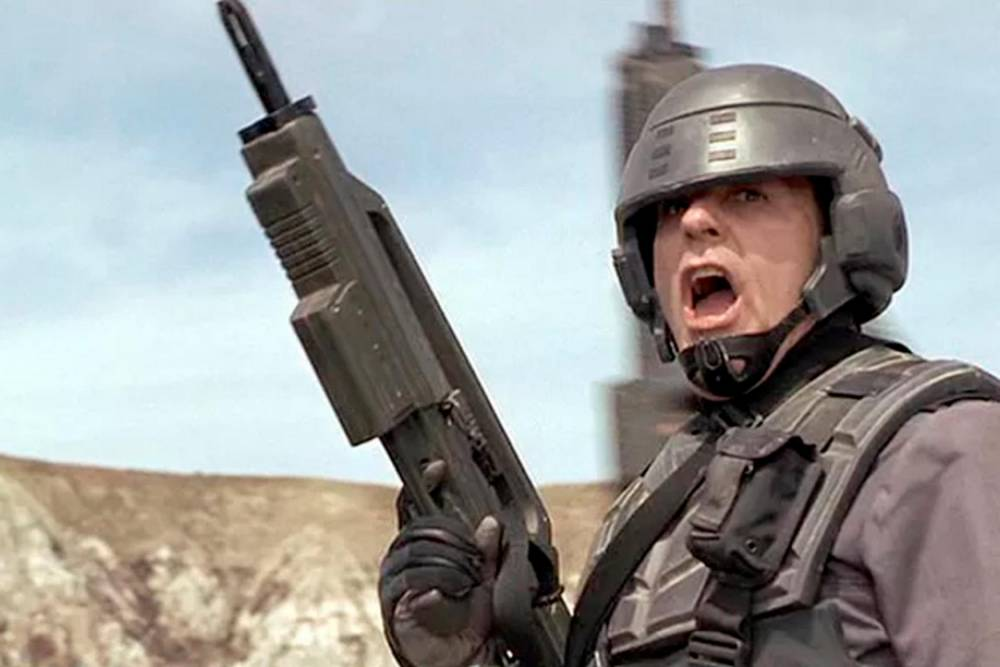 Starship Troopers ©  TriStar Pictures