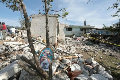 Les décombres laissés après une explosion qui s'est produite dans un entrepôt de feux d'artifice à San Isidro, Chilchotla, État de Puebla, au Mexique, le 9 mai 2017 © JOSE CASTAÑARES AFP