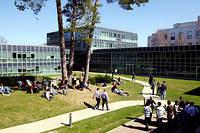 Cosmopolite. Le campus de l'Insead, à Fontainebleau. très prisé des  étudiants et des entreprises à travers la planète, son MBA offre une  ouverture sur le monde qui fait défaut aux écoles américaines. ©Nicolas Tavernier/REA