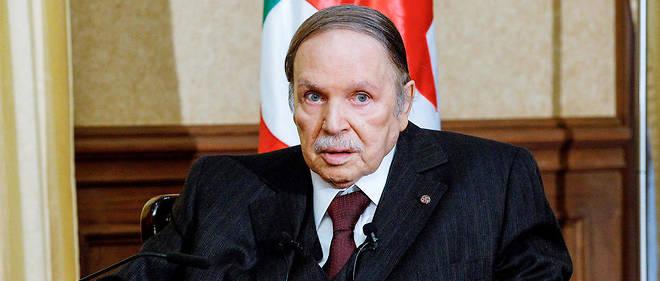 """Le président Bouteflika veut impliquer les islamistes du MSP dans un """"front intérieur""""."""