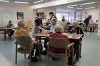 Ce sont les hommes avec un déclin cognitif sévère et vivant en établissement de longue durée qui reçoivent le plus ces médicaments. ©LEMAIRE/ZEPPELIN/SIPA