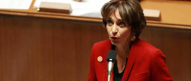 Marisol Touraine a effacé toute mention du PS de son affiche, suscitant la colère des militants d'Indre-et-Loire.