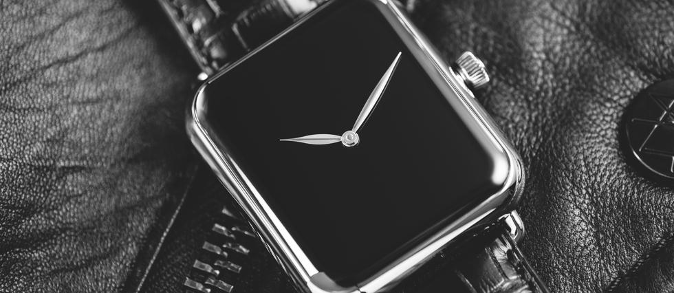 Une montre de haute horlogerie suisse, façon Apple Watch en veille...
