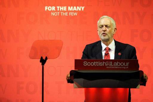 Le leader du Parti travailliste, Jeremy Corbyn, lors d'un meeting à Glasgow, en Ecosse, le 28 mai 2017 © ANDY BUCHANAN AFP