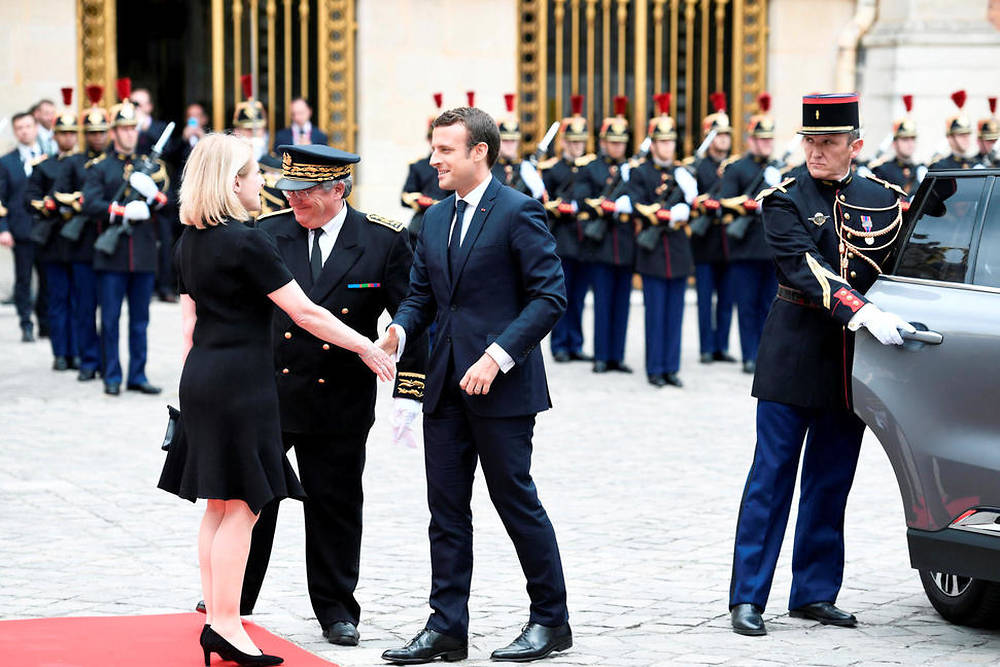 Macron en son château