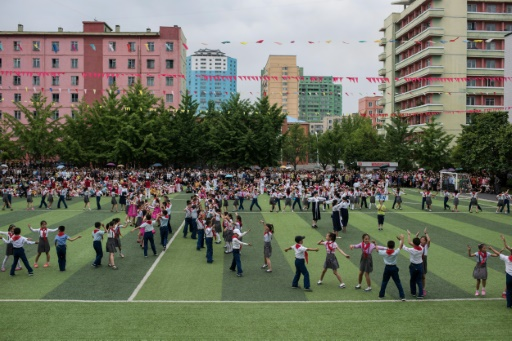 Des enfants prennent part à la journée des enfants, le 6 juin 2017 à Pyongyang © Ed JONES AFP