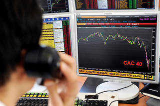 Malgré les nombreux rendez-vous cruciaux de la semaine, la Bourse de Paris a rebondi ce vendredi de 0,67 %. ©BERTRAND GUAY