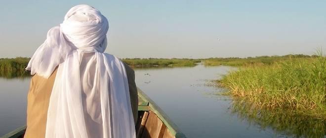 Un paysan tchadien, ici à Bol le 11 décembre 2009, du lac Tchad, frontière entre quatre pays où opèrent les combattants de Boko Haram.
