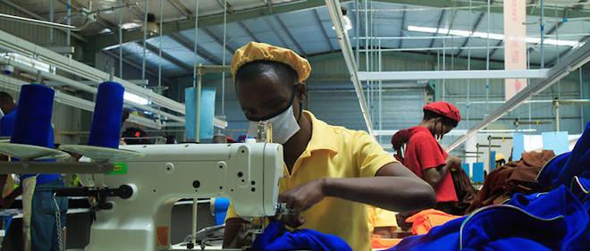 Le gouvernement rwandais a augmenté les taxes sur les importations de tissus d'occasion pour stimuler la production locale.