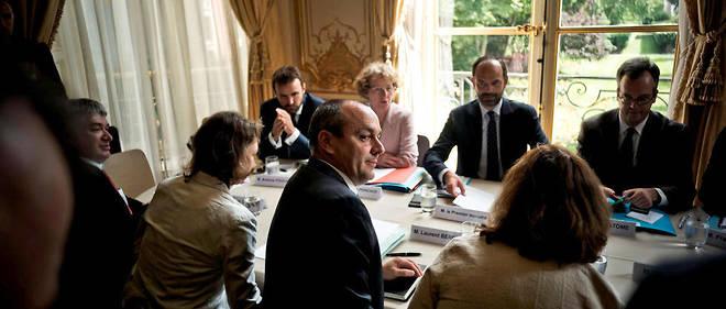 rencontres en ligne premier dîner de réunion