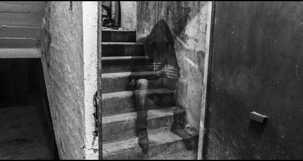 Le photographe algérien Nassim Rouchiche propose une série en noir et blanc sur les migrant africains en Algérie.  ©  Nassim Rouchiche