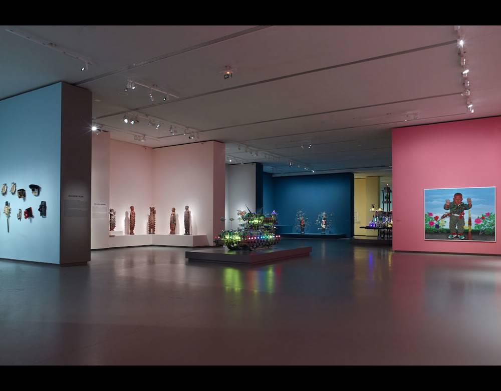 Vue d'exposition : Art/Afrique. Le nouvel atelier.   ©  Iwan Baan / Fondation Louis Vuitton