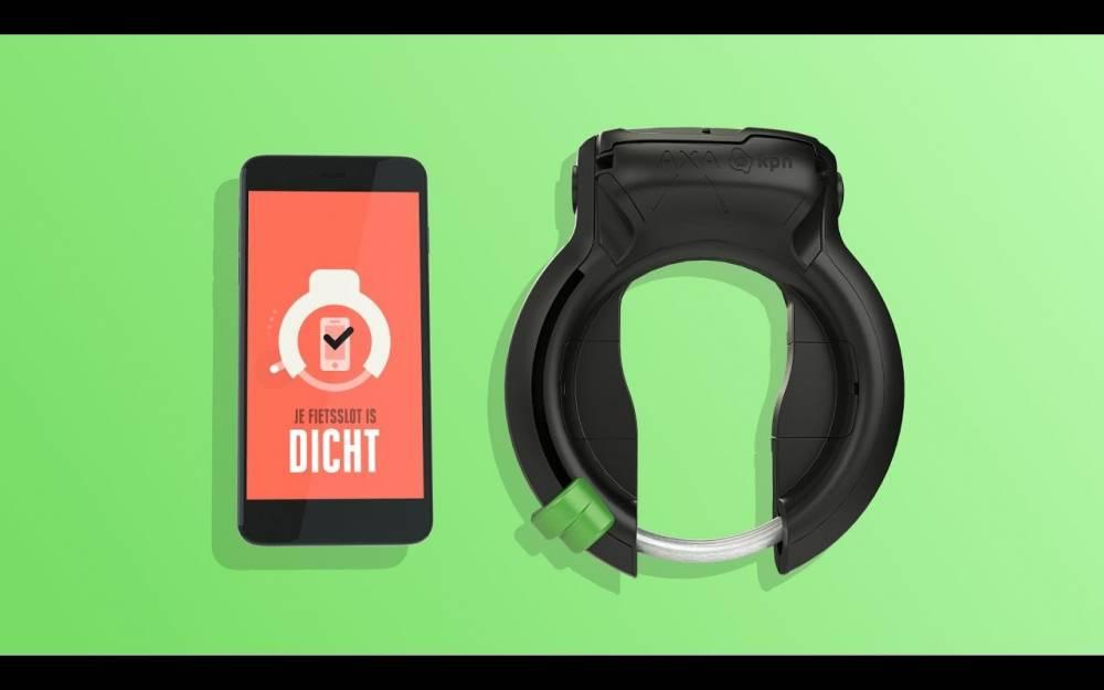 Une application sur smartphone en Hollande interdit son usage avec celui du vélo