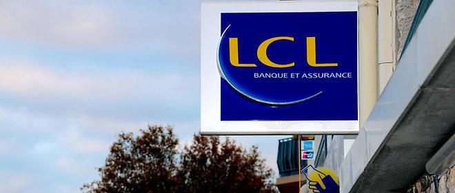 En créant des cartes bancaires et en transférant l'argent sur un compte au nom de la cliente, l'employé de banque inédlicat a détourné 380 000 euros en moins d'un an.