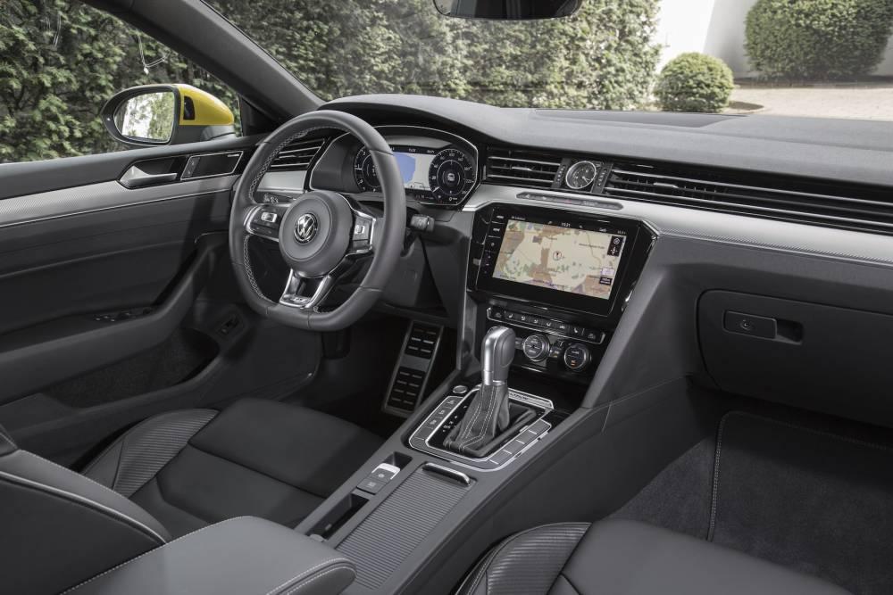 La Volkswagen Arteon, l'expression même de l'anti-SUV © Ingo Barenschee Ingo Barenschee / Volkswagen