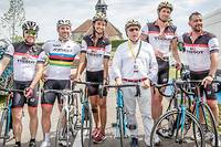 Quand les stars pédalent sur une étape du Tour de France... ©Karim-Olivier Bourakkadi