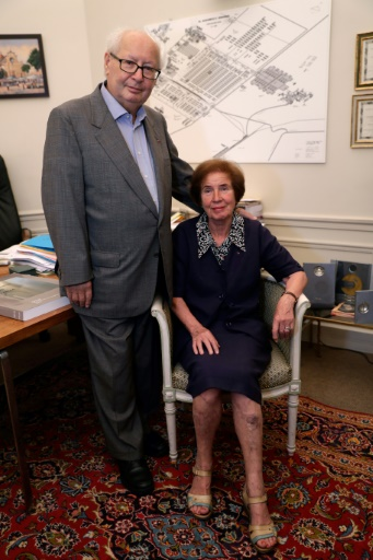 L'historien et avocat français Serge Klarsfeld avec sa femme Beate, le 10 juillet 2017 à Paris © Thomas Samson AFP/Archives