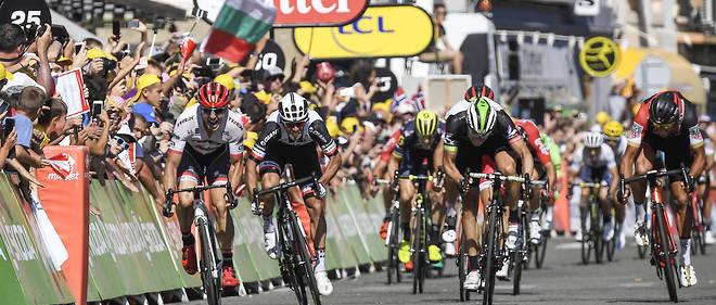 Michael Matthews (Suweb), à nouveau le plus fort au sprint dans le final de la 16e étape.