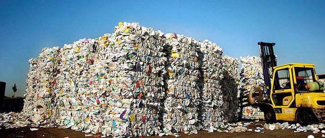 Une montage de plastique qui doit être recyclée par une entreprise du centre de la France (illustration).